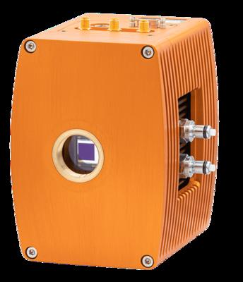 Raptor photonics Falcon III vědecká EMCCD kamera