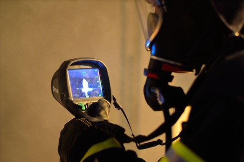 ruční zásahové termokamery pro hasiče flir řady K